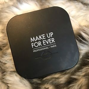 Makeup Forever Ultra HD Pressed Powder